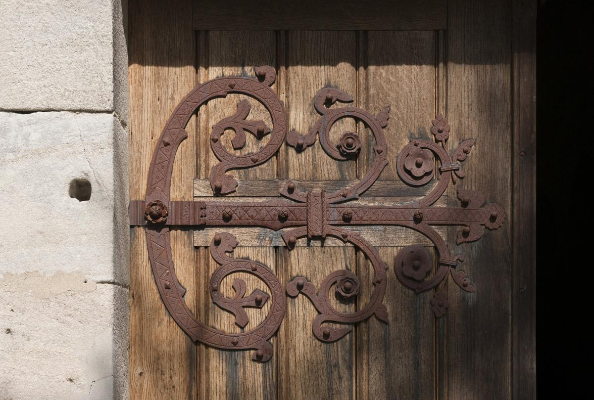 Image: Door with iron fittings at Lorch Monastery