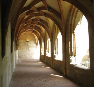 Image: Cloister with a net vault at Lorch Monastery