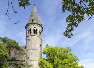 Romanesque tower of Lorch Monastery. Image: Staatliche Schlösser und Gärten Baden-Württemberg, Rolf Schwarz